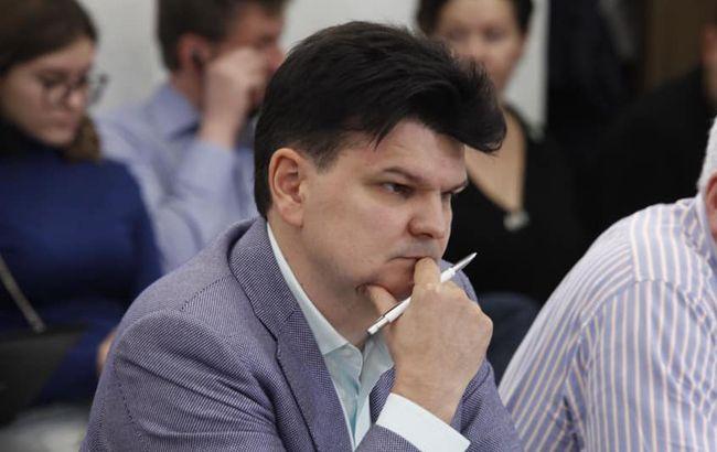 Суд оштрафовал депутата за попытки узнать детали дела против его фирмы