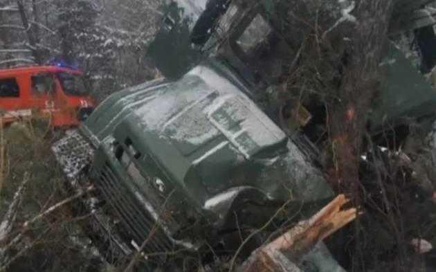 В ДТП на Яворовском полигоне пострадало 13 военнослужащих