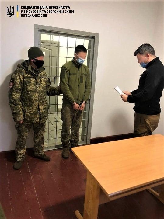 В Донецкой области пьяный солдат ударил в лицо подполковника