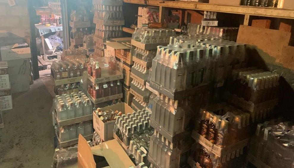 В Донецкой области обнаружили подпольный цех по изготовлению алкоголя
