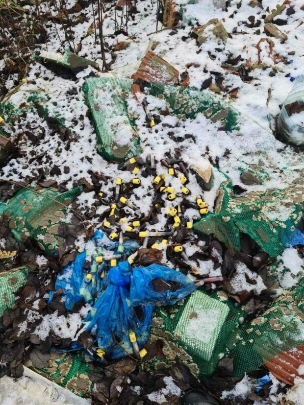 Во Львовской области нашли свалку медицинских отходов