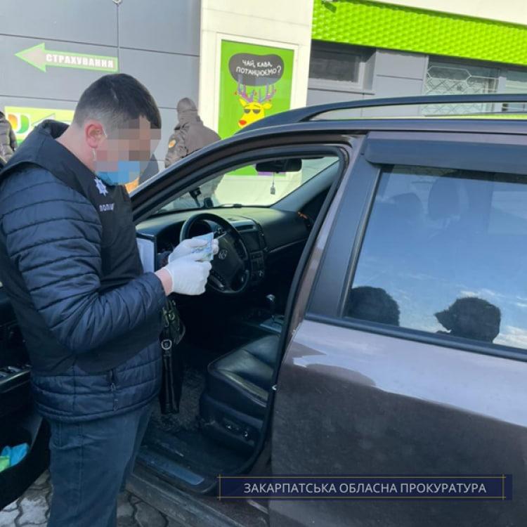 В Мукачево чиновник «Укрзализныци» вымогал взятку за трудоустройство