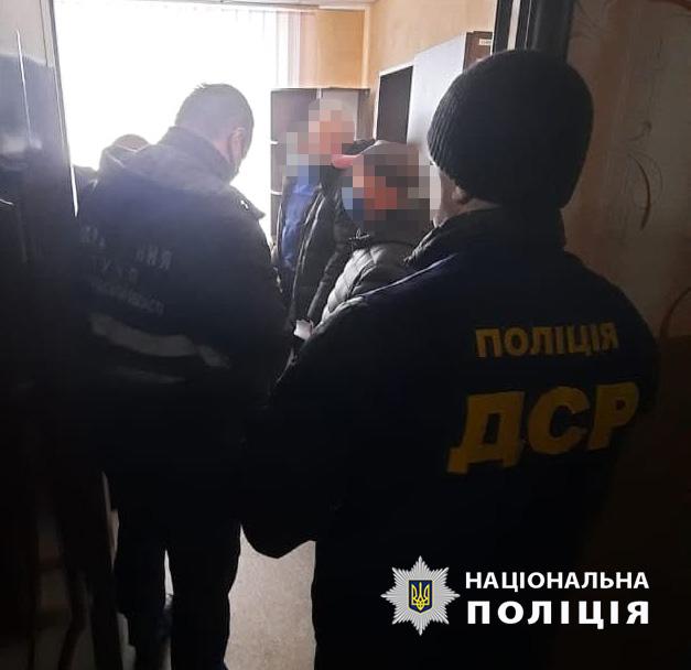 Председатель сельсовета в Черниговской области требовал 100 тысяч гривен у местного фермера