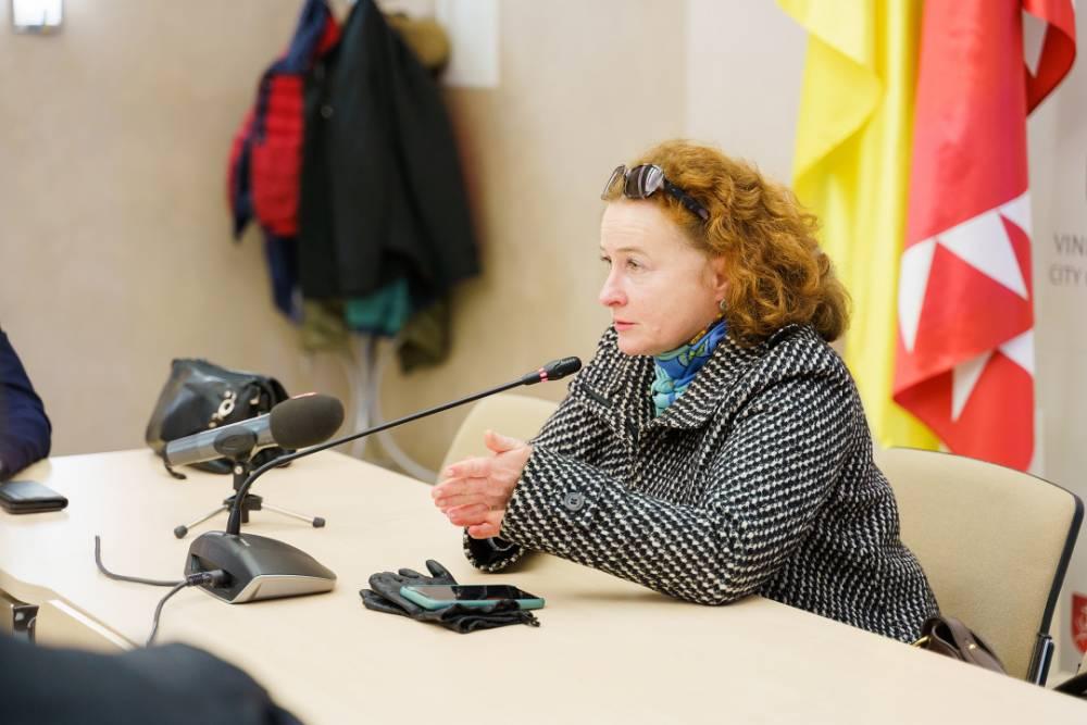 Автор первого в Украине протокола лечения коронавируса отказалась от вакцинации индийской Covishield