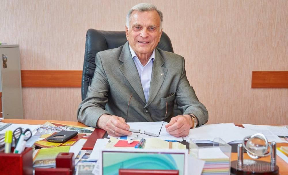 Экс-ректора луганского вуза-переселенца подозревают в растрате