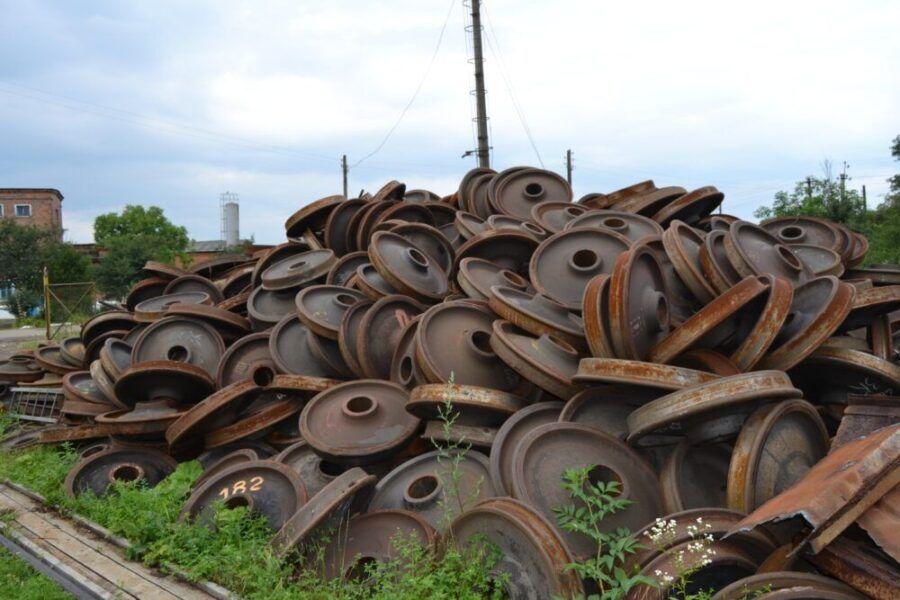 «Укрзализныця» реализовала на торгах 5% от запланированного объема металлолома