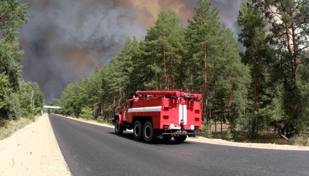 Руководителю отдела ГСЧС в Луганской области вручили подозрение за распространение ложной информации во время тушения пожаров
