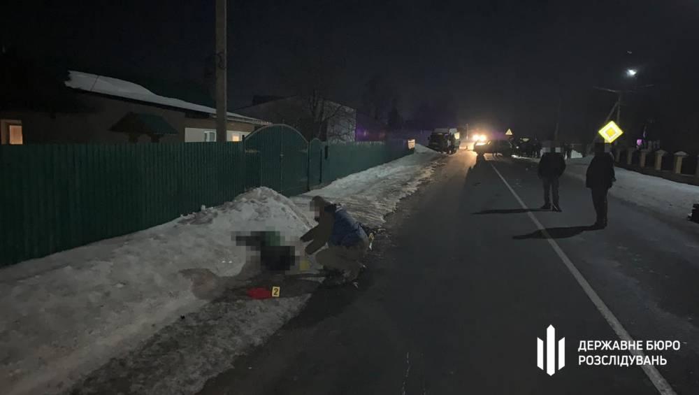 В Хмельницкой области пьяный полицейский насмерть сбил пешехода