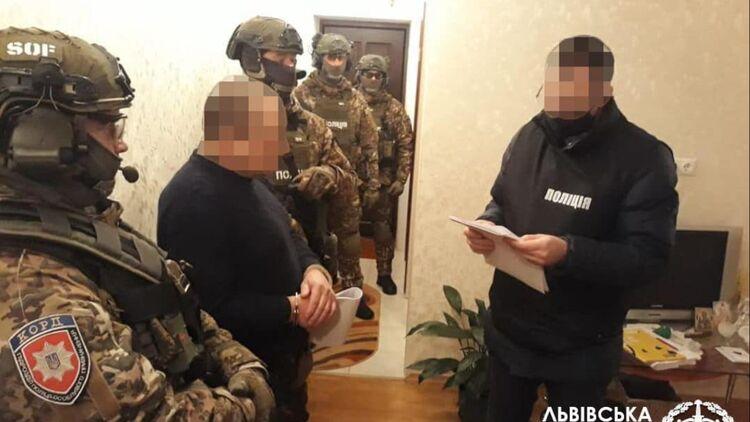 Во Львовской области должник заказал похищение кредитора