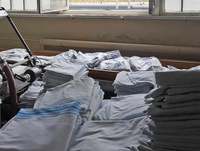 «Укрзализныця» будет стирать белье для скоростных поездов у трубочистов из Львова