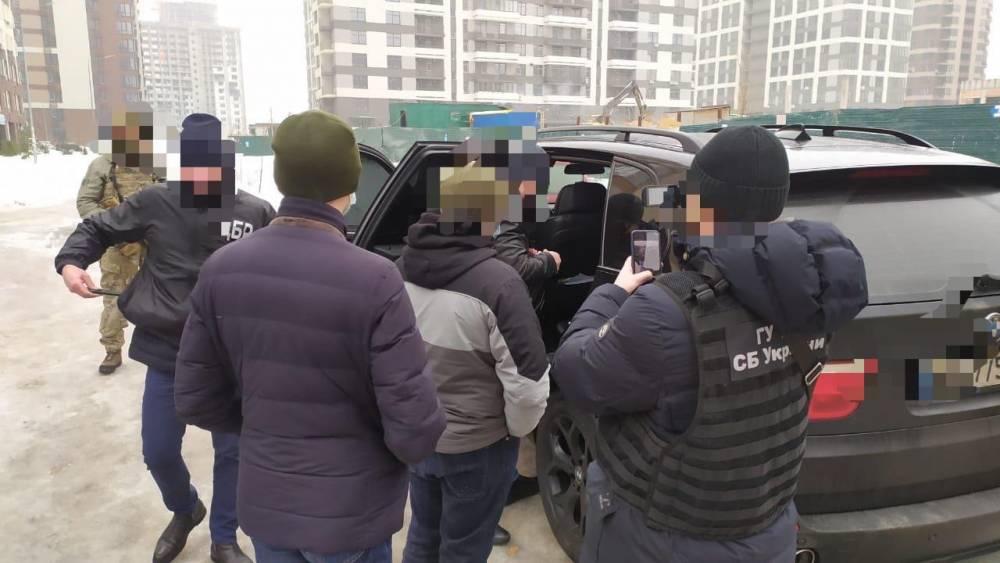 Сотрудника СБУ подозревают в похищении человека и вымогательстве