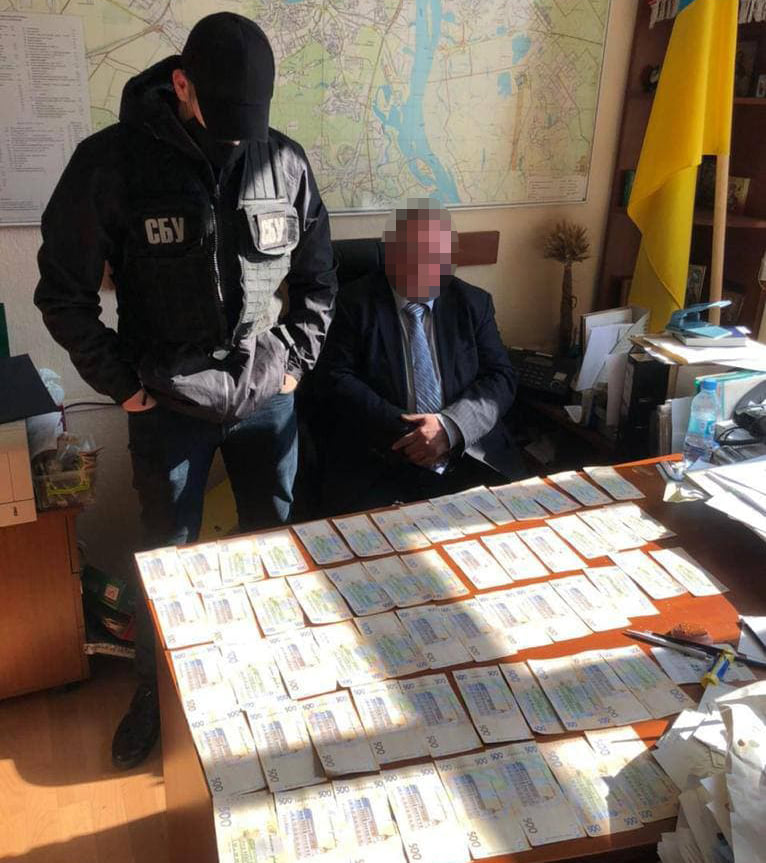 В Киеве на взятке попался замдиректора НАН Украины