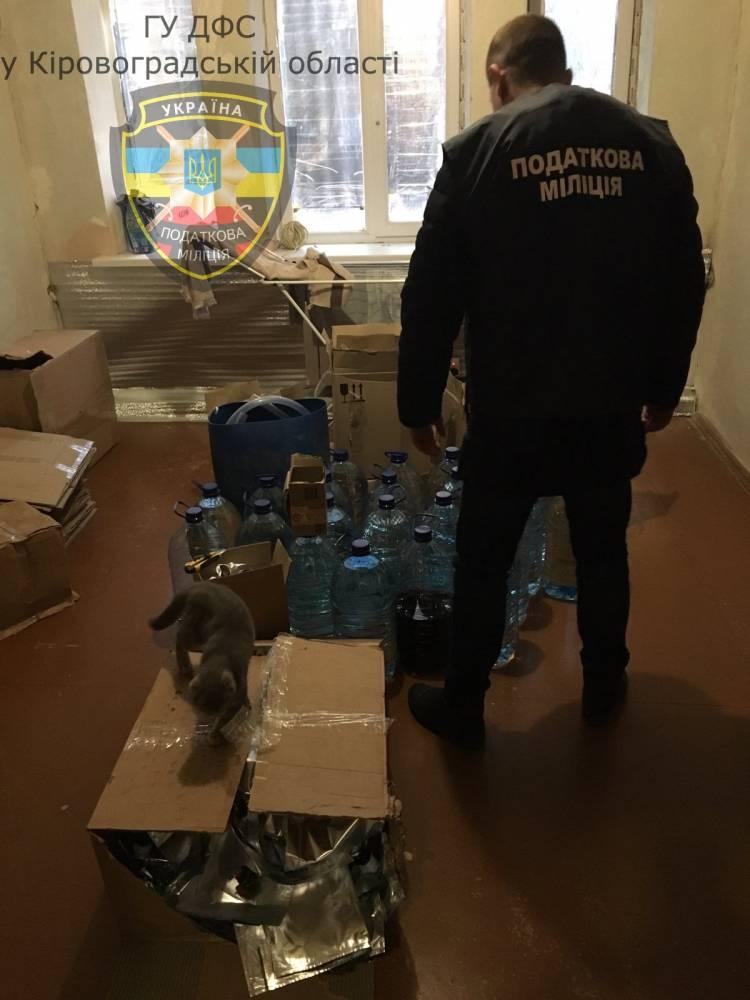 В Кировоградской области разоблачили незаконное производство алкоголя