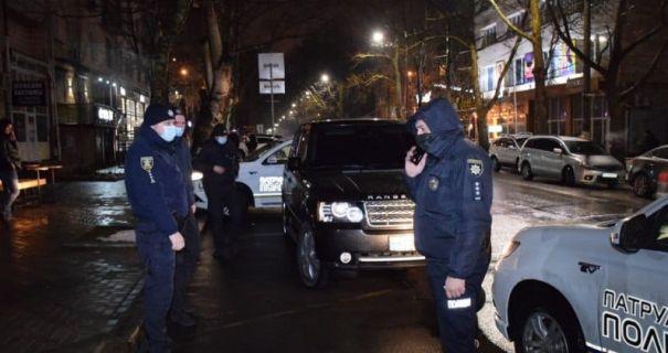 Экс-помощник нардепа от «Слуги народа», устроившийся в Николаевскую ОГА, устроил гонки с полицией