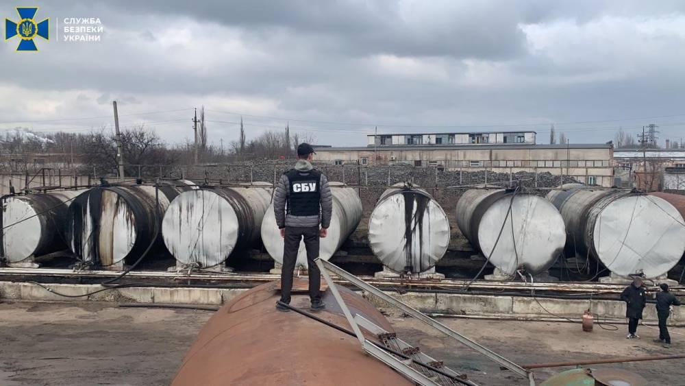 В Кировоградской области закрыли подпольный топливный завод