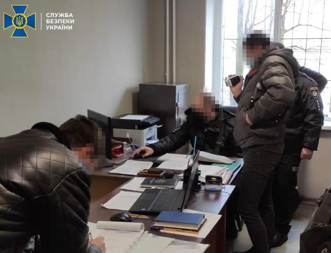 Украинские силовики торговали информацией из баз данных МВД