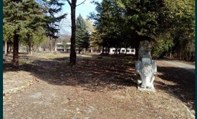 Брат Тараса Козака продает землю бывшего профилактория в Брюховичах