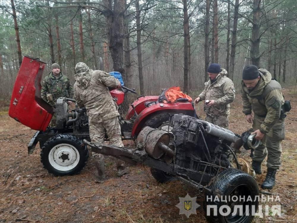 В Ровенской области полиция пресекла незаконную добычу янтаря