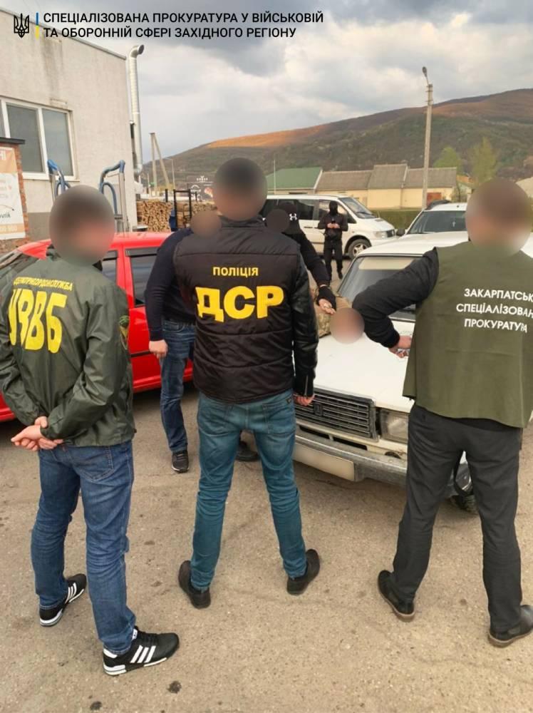 В Мукачево пограничник торговал информацией