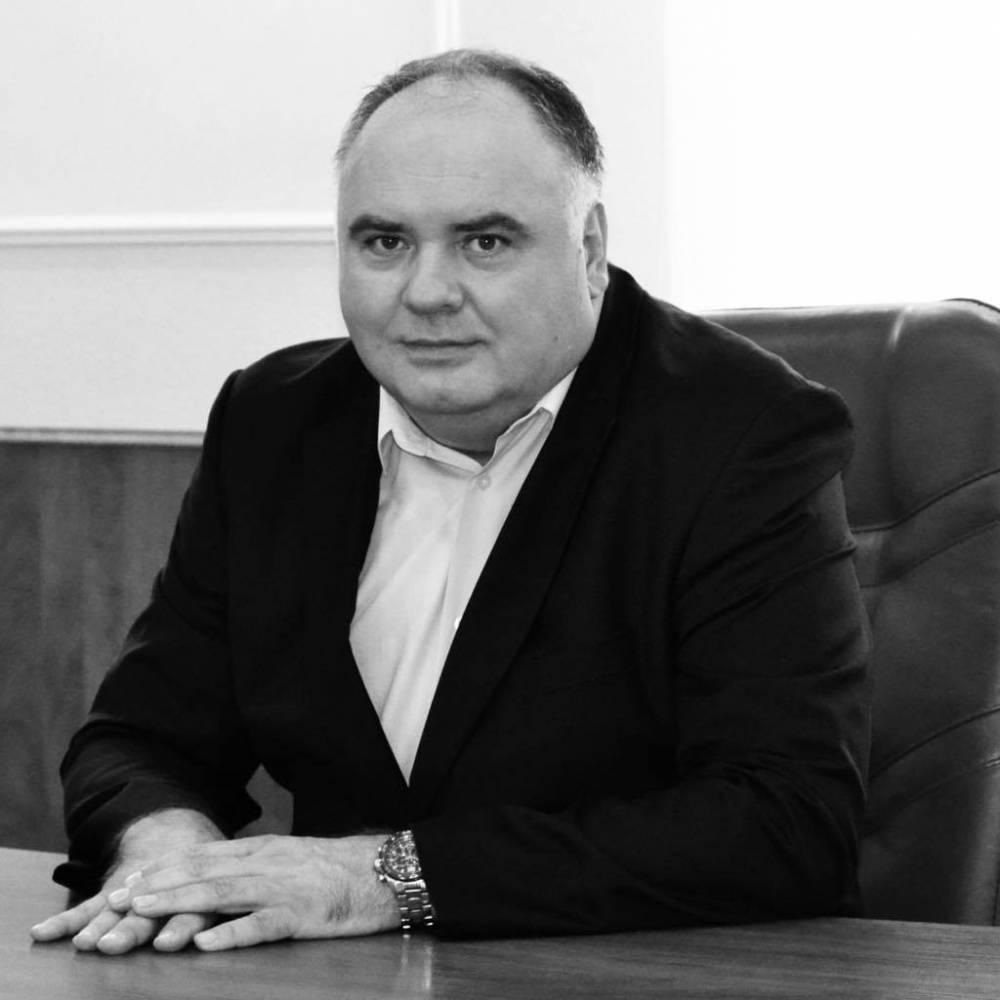 В Киеве от коронавируса умер глава Подольского района