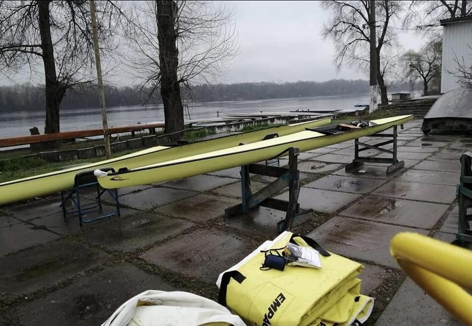 Министерство молодежи и спорта закупило старые лодки для олимпийцев