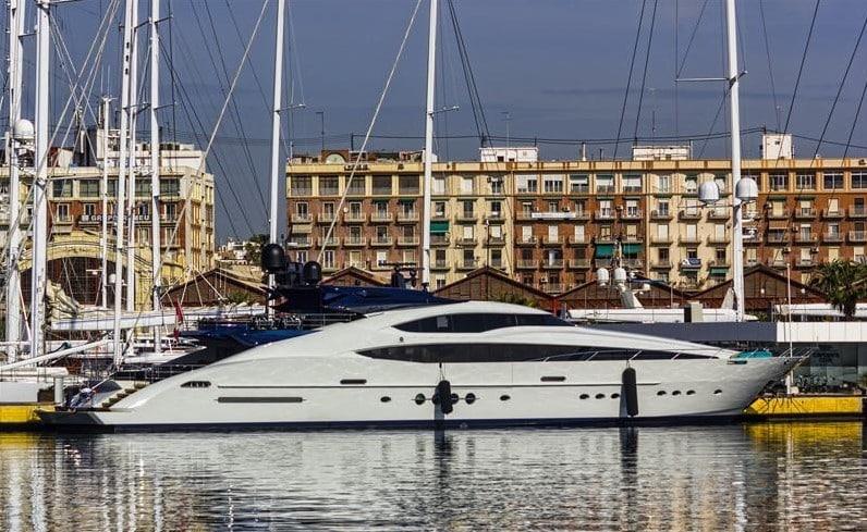Пинчук выставил на продажу яхту за 13 млн долларов