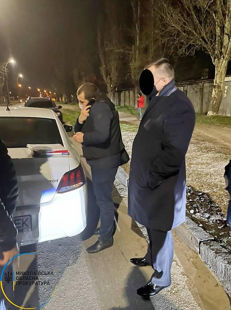 В Николаеве на взятке поймали первого замначальника управления Госпродпотребслужбы области