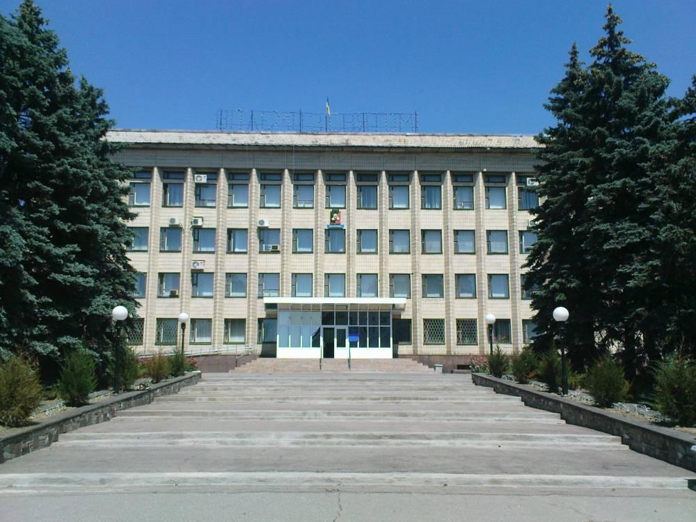 В мэрии Торецка нашли нарушений на 17,6 млн гривен