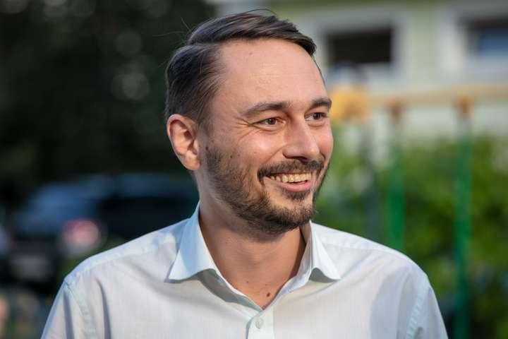 Нардеп Гурин задекларировал землю и дом в России