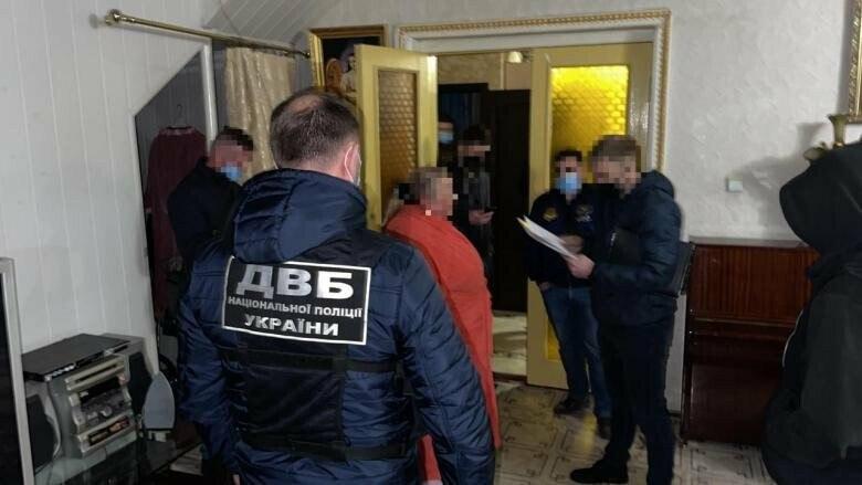 В Харькове задержали банду вымогателей, требовавших 50 тысяч долларов у жертвы