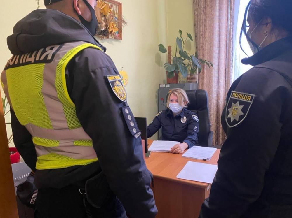 В Яворове пассажиры напали на полицейского, защищая пьяного водителя