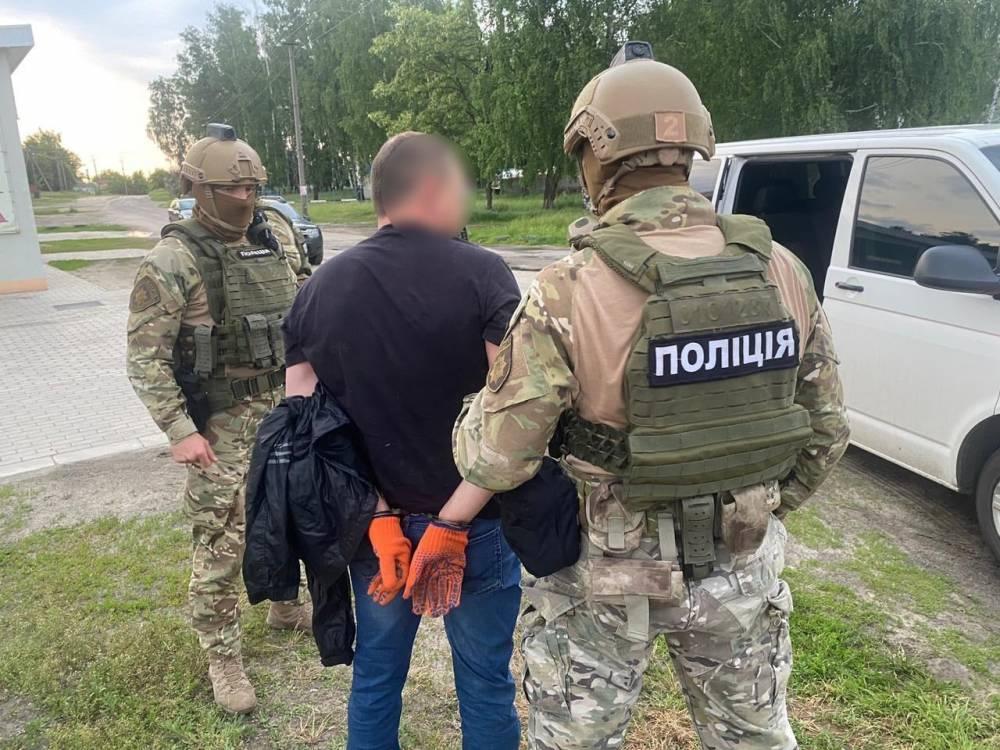 В Ахтырке подозреваемый в убийстве пытался убить свидетеля