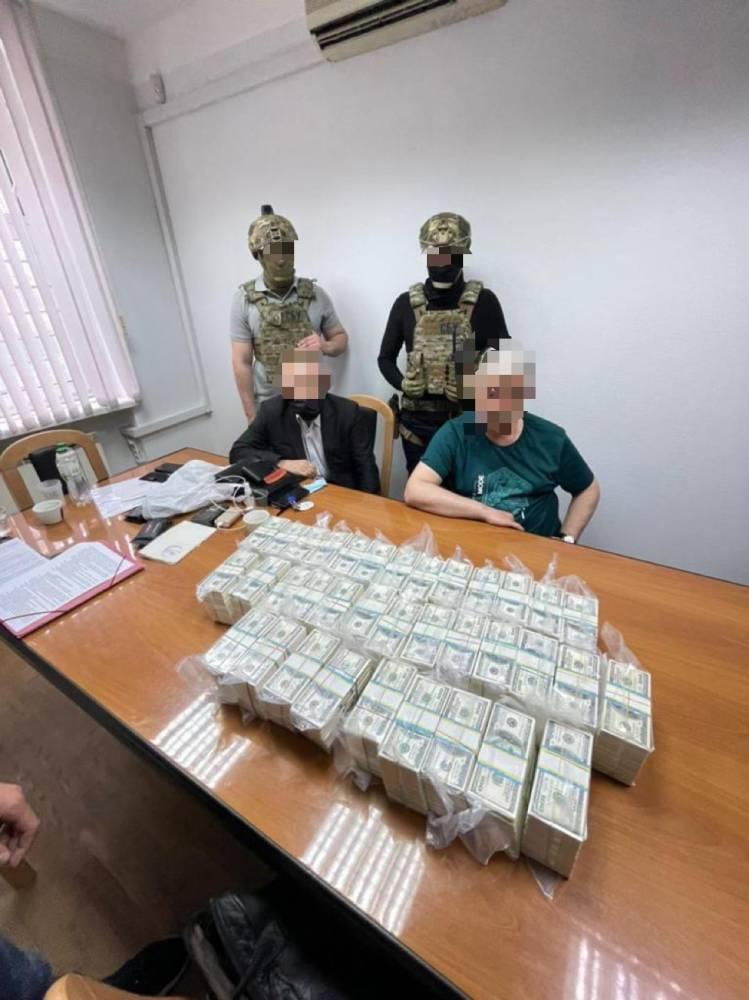 За должность губернатора Кировоградской области два мошенника требовали 3,5 млн долларов