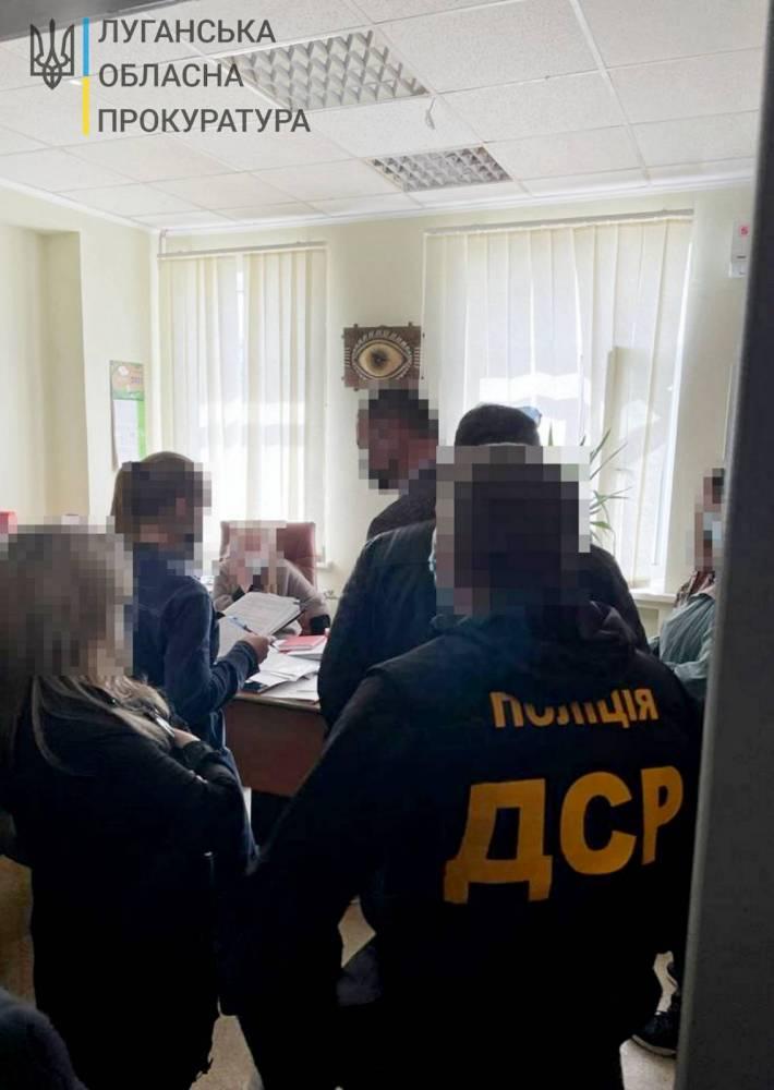В Луганской области на взятке поймали директора рынка