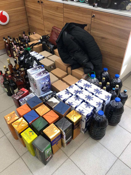 В Хмельницкой области бизнесмен подделывал водку и коньяк