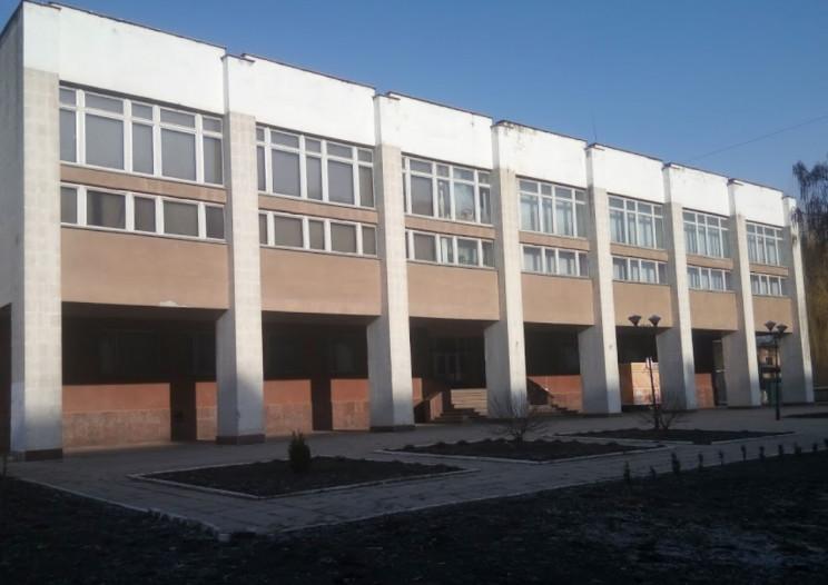 В Кропивницком реконструкцией центра творчества займется самый дорогой подрядчик