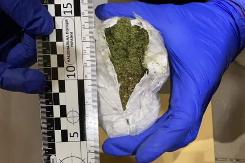 В Житомирской области раскрыли банду, поставлявшую наркотики в колонию