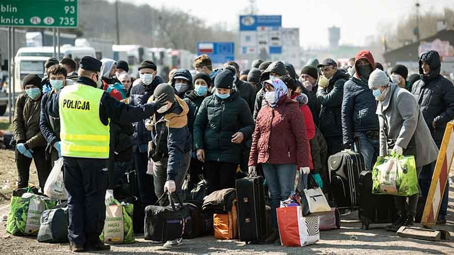 В Польше раскрыли схему массовой легализации украинцев