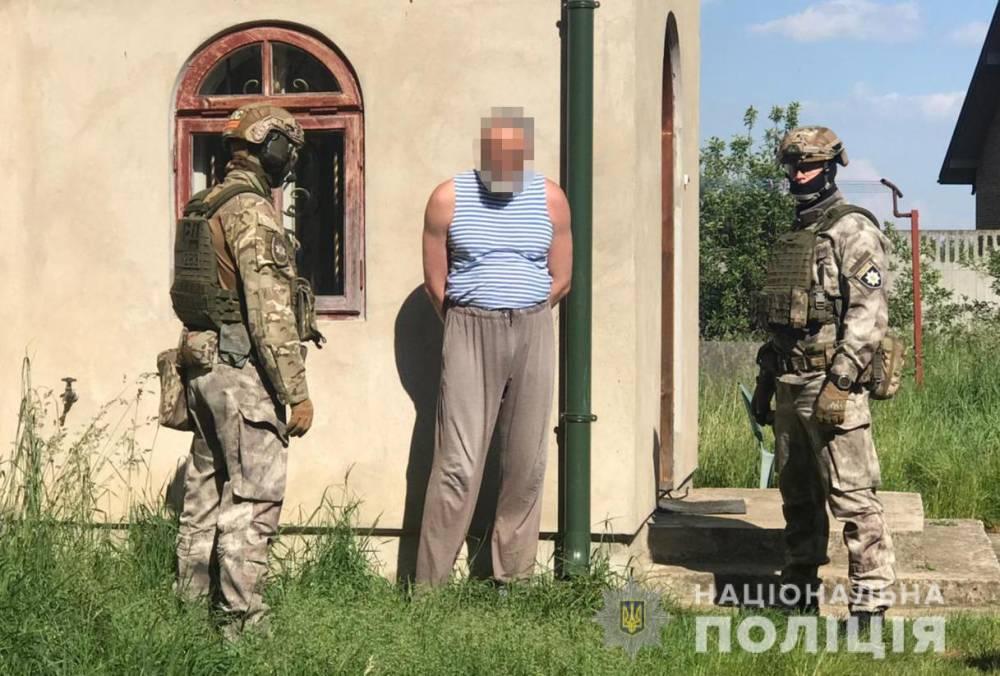 Во Львовской области задержали священника, торговавшего оружием