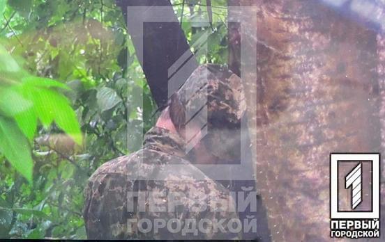 В Кривом Роге повесился военнослужащий
