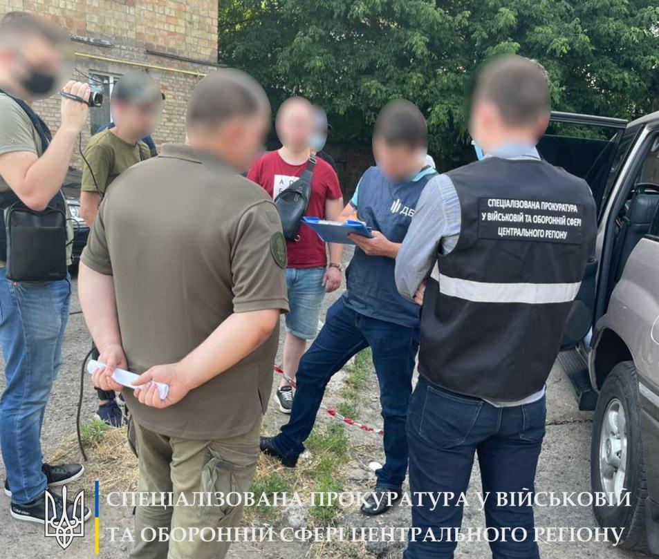 В Киевской области военнослужащий украл имущества почти на 50 тысяч
