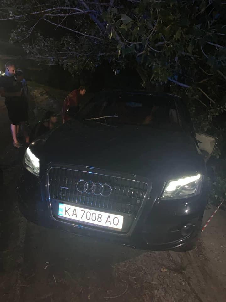 Судья из Киева, устроившая пьяную аварию, не задекларировала авто