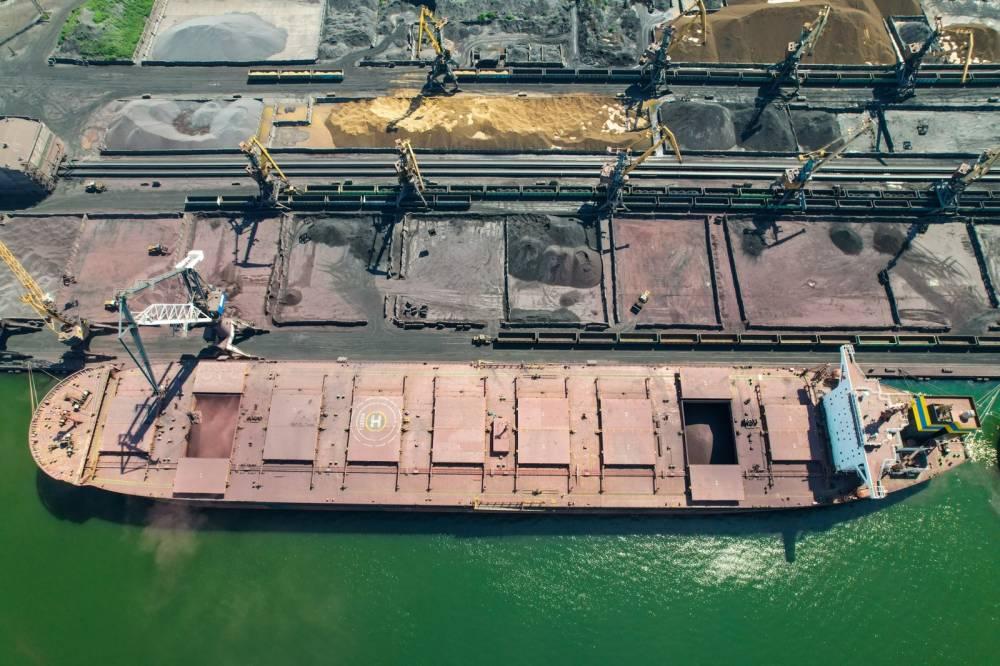 В порту Южный планируют построить новый экспортный терминал