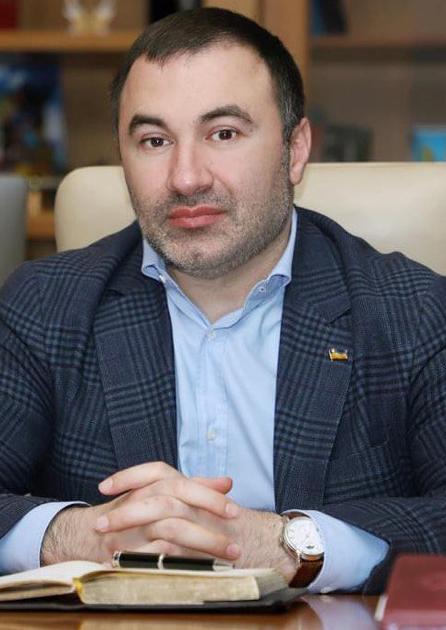 Глава харьковского облсовета Товмасян живет в чужой квартире
