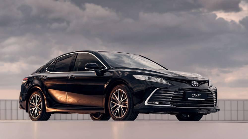 Запорожская АЭС купила Toyota Camry за миллион гривен у компании депутата облсовета