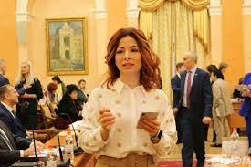 Чиновник Одесского горсовета отдает подряды своему супругу