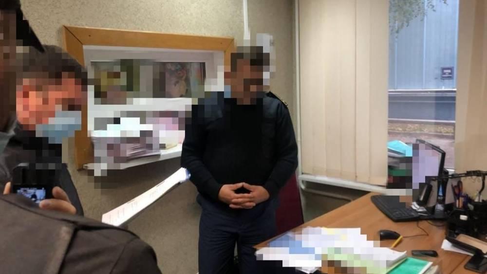 Таможенник в аэропорту «Борисполь» попался на взятке 3,4 тысячи долларов