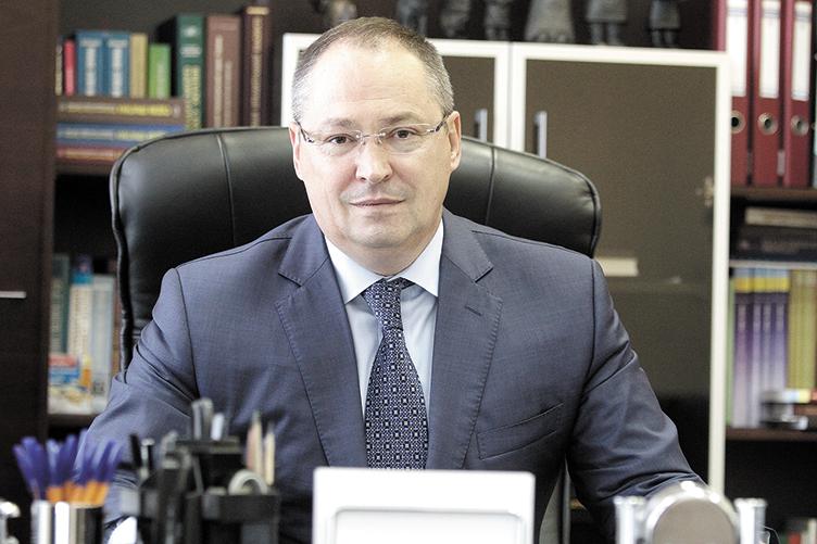 Председатель Хозсуда Киева записал все имущество на безработную жену