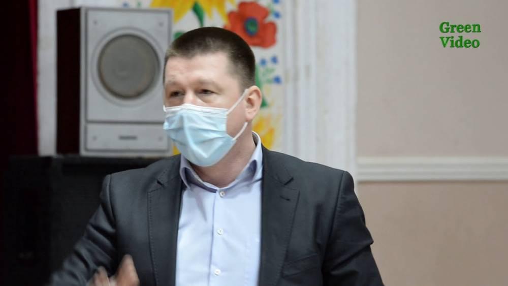 В Изюме депутату вручили подозрение в препятствовании работе СМИ