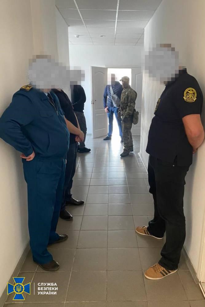 Тернопольские таможенники организовали канал контрабанды сигарет